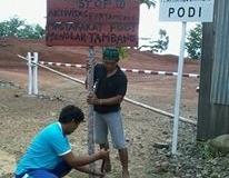 Warga_Podi_menolak_Tambang_PT_AJA_di_Podi_Touna